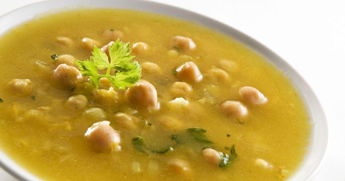 Фото Сытный суп из нута
