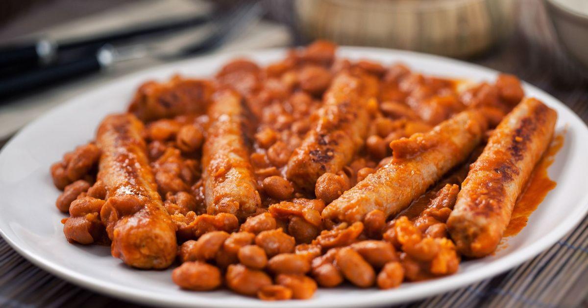 Фото Тушеная фасоль с копчёными колбасками