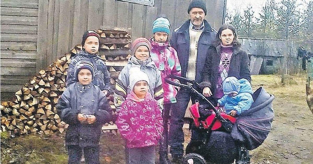 Фото Вологодская семья сбежала в глухую деревню, чтобы не отобрали детей
