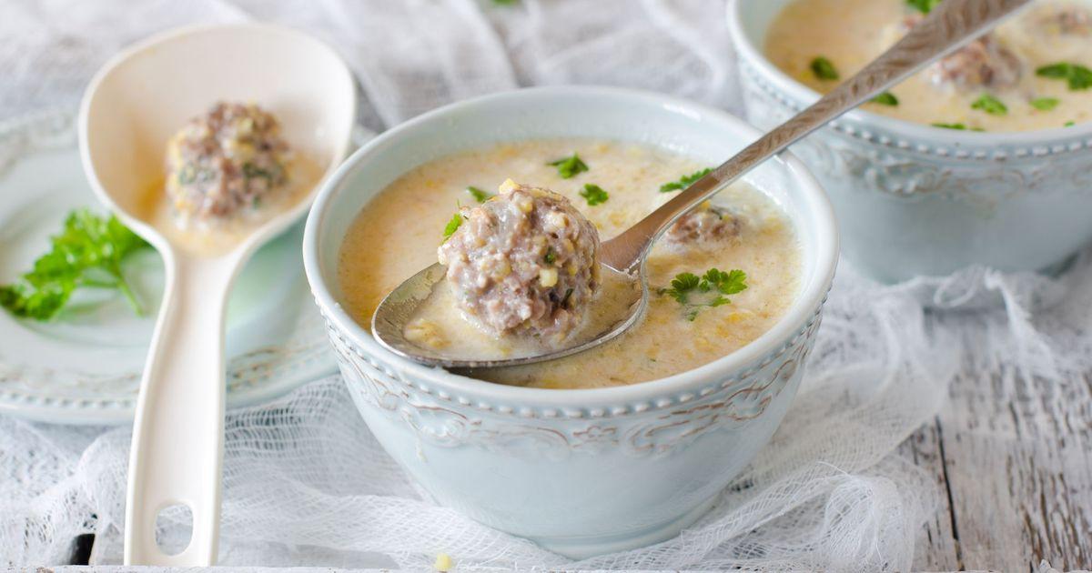 Фото Кукурузный суп с фрикадельками