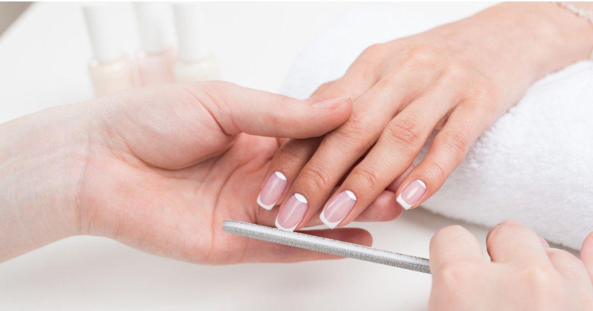 Фото Потерять здоровье в погоне за красотой ногтей