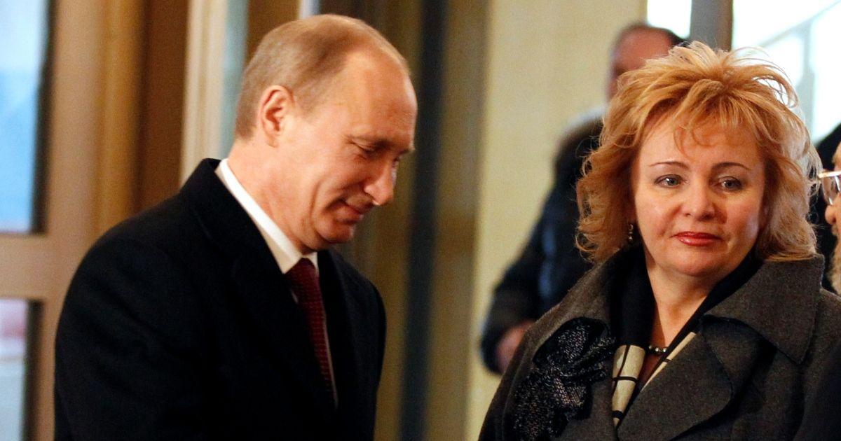 Фото Бывшая жена Путина зарабатывает на микрокредитах, узнала пресса