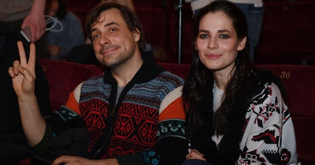 Фото «Такое же кольцо». Бондарчук рассекретил женитьбу Цыганова и Снигирь