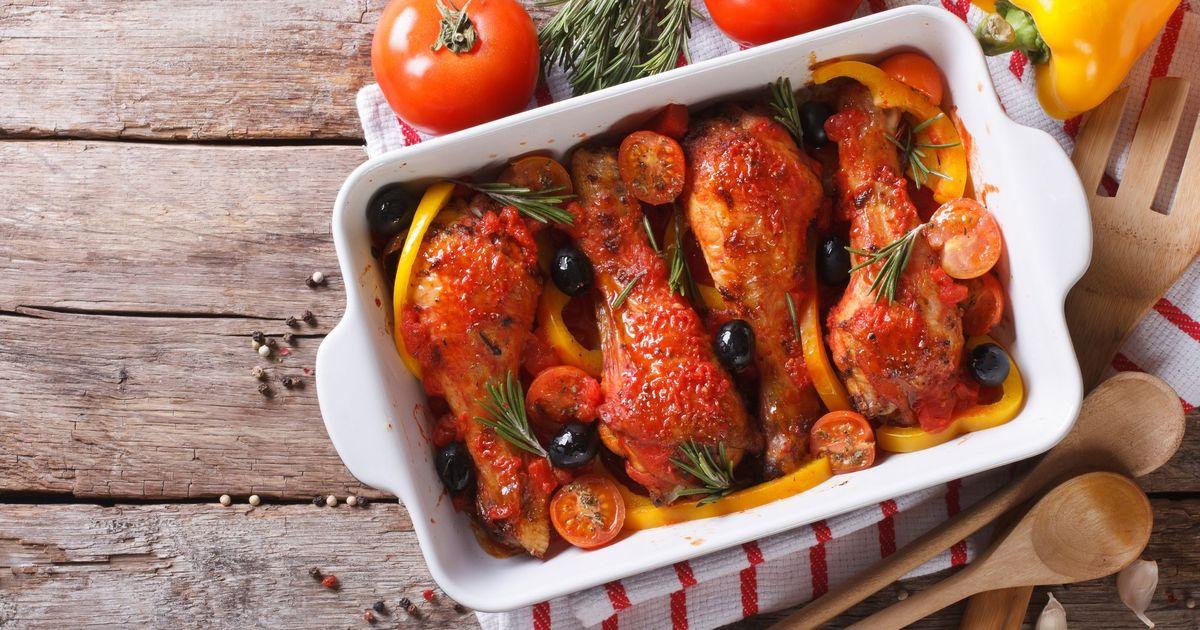 Фото Куриные ножки в томатном соусе