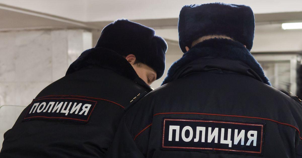 Фото Вела интим-переписку. 8-летняя девочка ушла из жизни в Москве