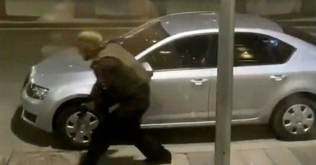 Фото ФСБ взяли под контроль ситуацию на Лубянке после инцидента