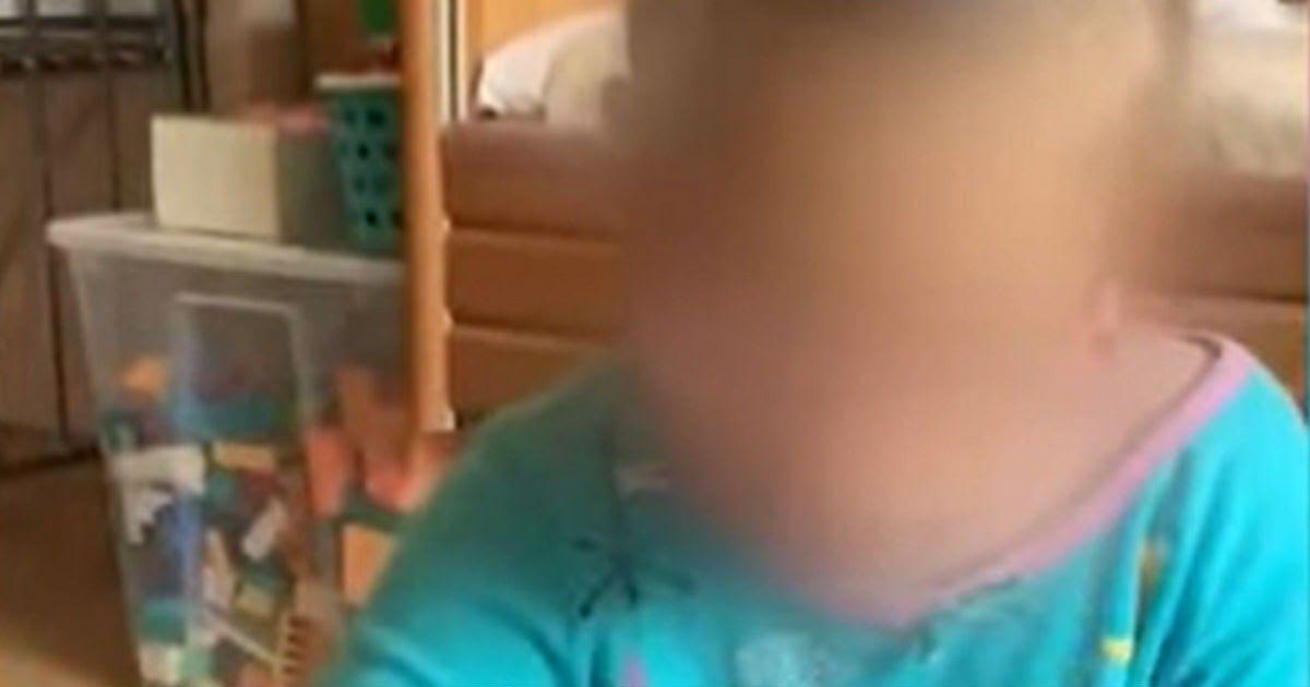 Фото Родители согласились забрать домой дочку, с рождения живущую в больнице