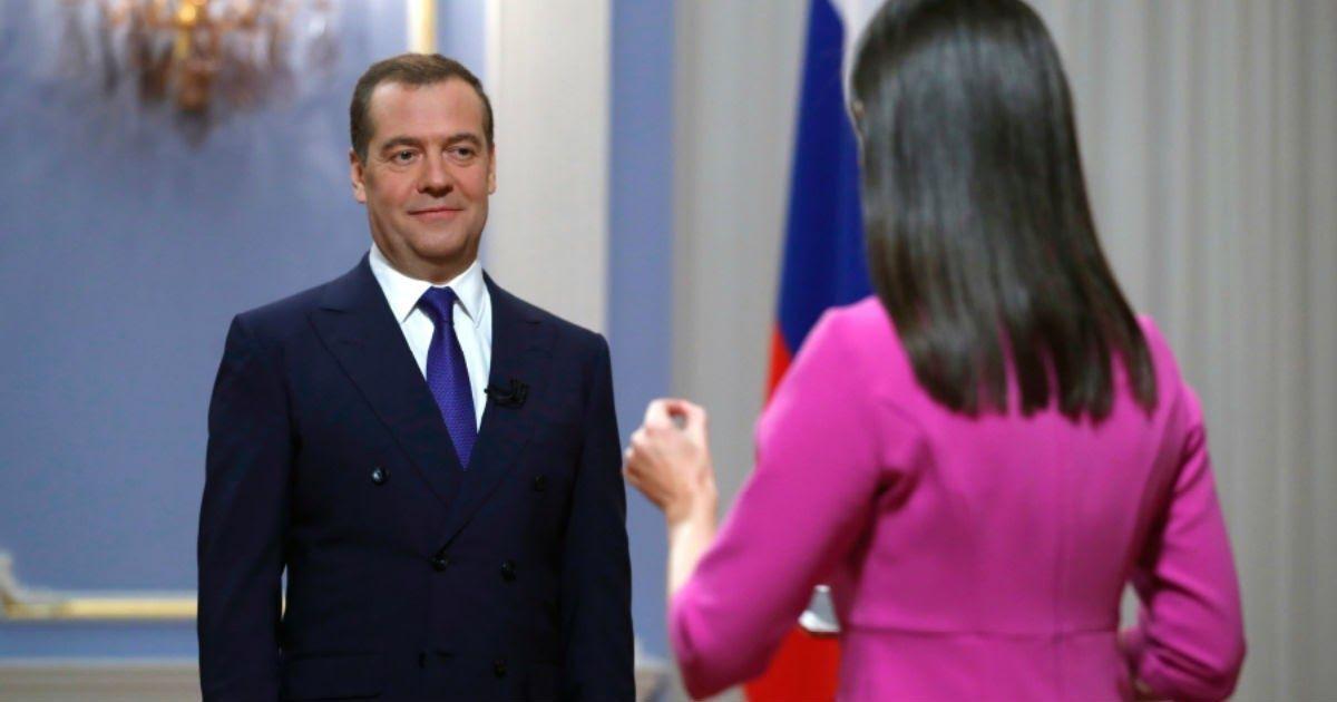 Фото Медведев останется лидером «Единой России»