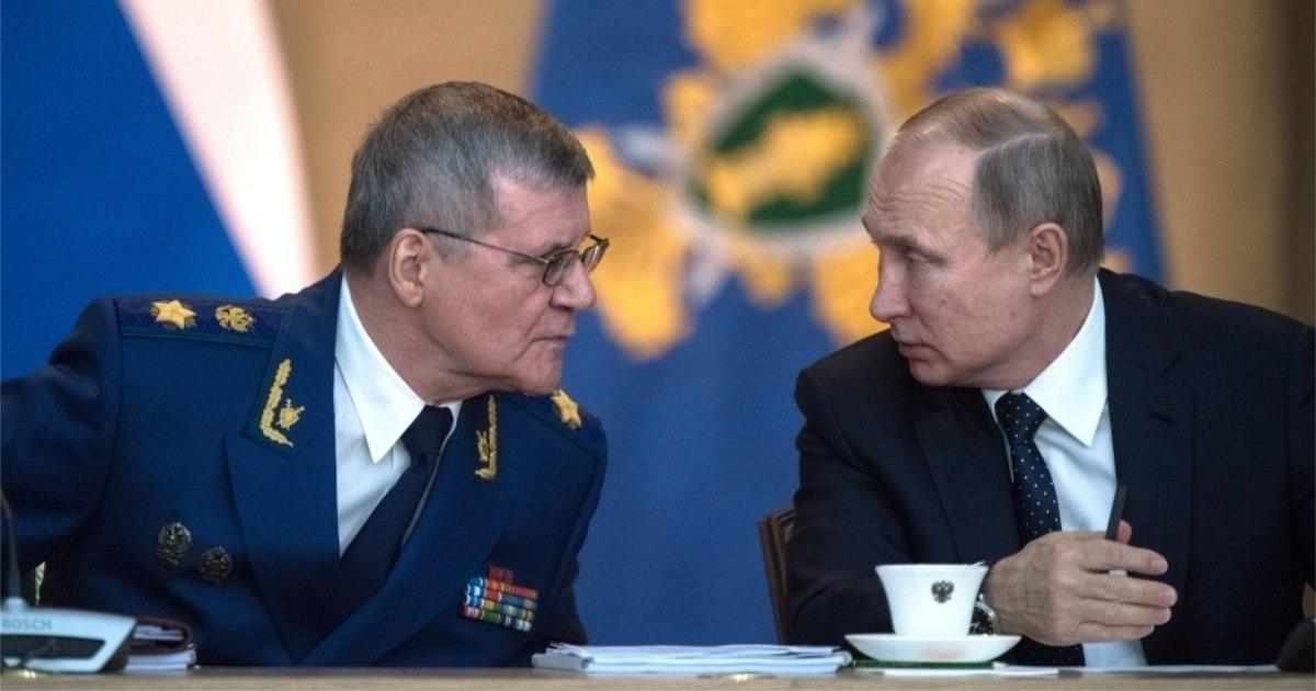 Фото Путин нашел Юрию Чайке новую работу