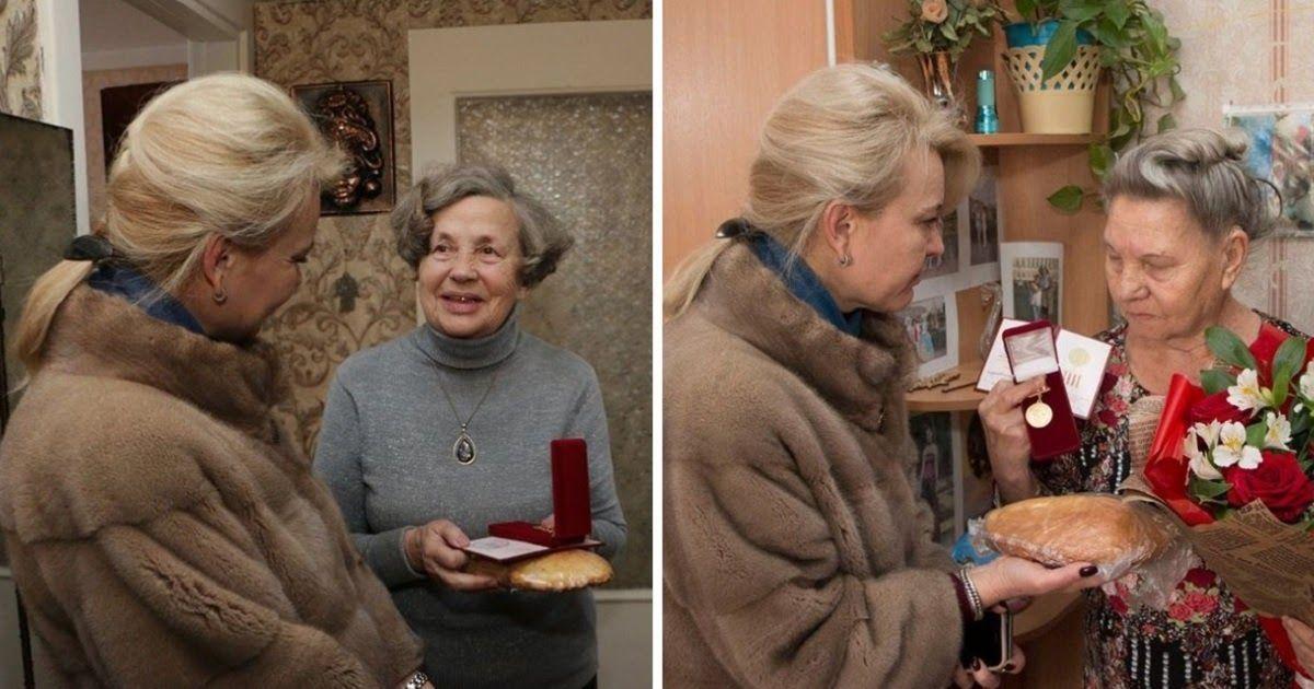 Фото Это был не батон. Керченская чиновница объяснила подарок блокадникам