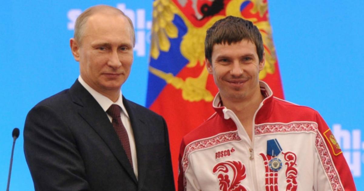 Фото Олимпийского чемпиона Евгения Устюгова лишили золотой медали