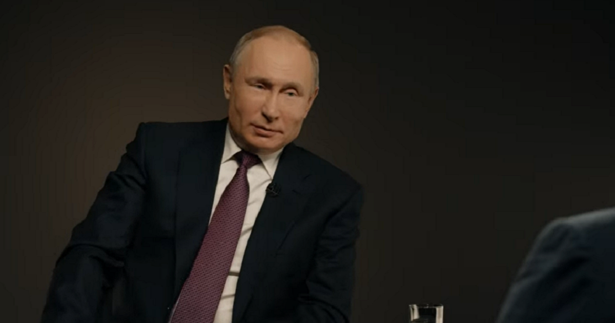 Фото Путин высказался об Украине, Зеленском и шутке про «Хубло»