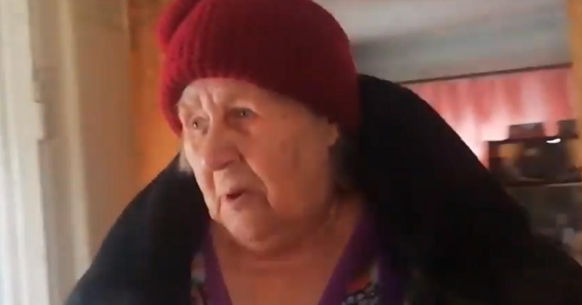 Фото Власти засыпали дом пенсионерки, отказавшейся переехать в дом престарелых