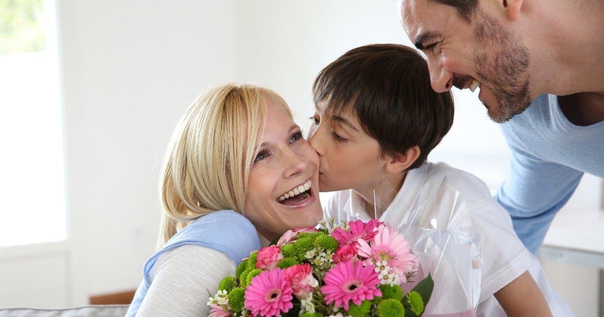 Фото Что подарить на 8 Марта? Что подарить маме на 8 марта?
