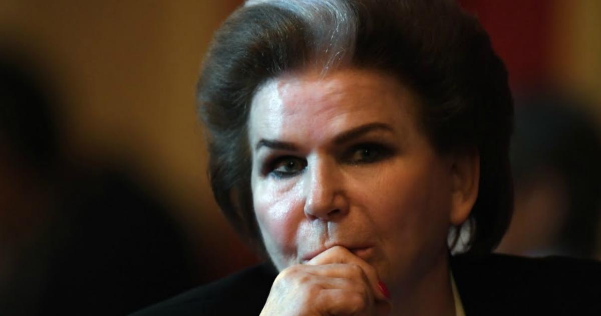 Фото Земляки Терешковой требуют лишить ее звания «почетного гражданина» города