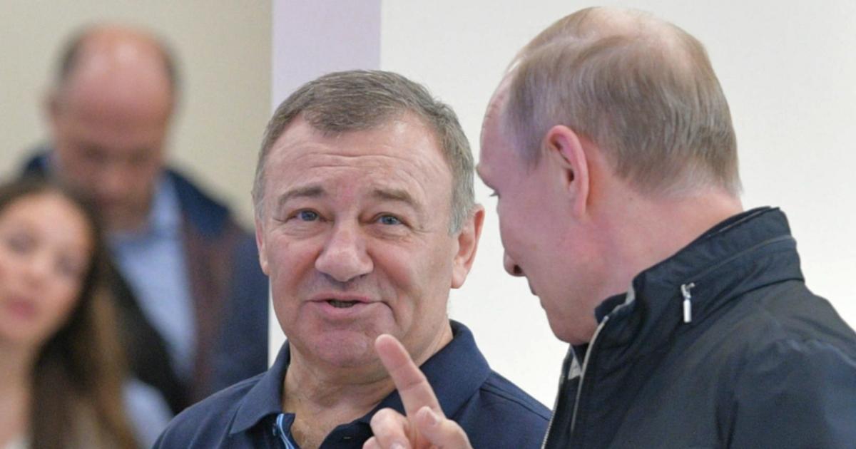 Фото Путин присвоил Героя Труда Аркадию Ротенбергу за «особые заслуги»