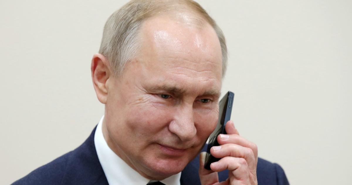 Фото Путин подписал закон о кредитных каникулах из-за коронавируса