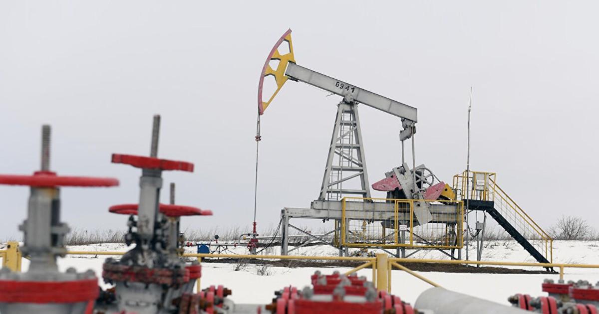 Фото Драка в нефтяной песочнице. Что происходит с ценами и рублем?