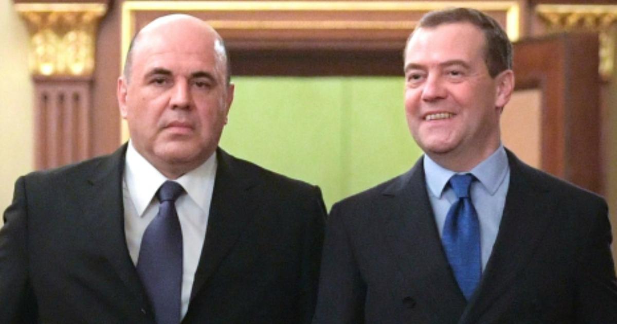 Фото «Мы скоро увидимся»: Медведев отреагировал на коронавирус у Мишустина