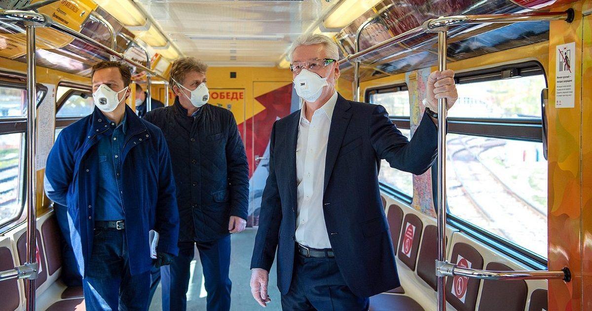 Фото Собянин: в Москве вводится масочный режим