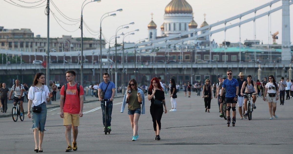 Фото Как будто не было карантина. Что говорит статистика об эпидемии в Москве