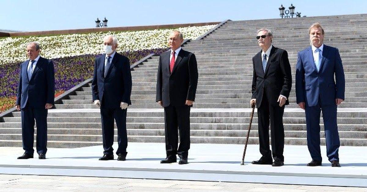Фото 12 дней карантина: как награждаемых готовили к встрече с Путиным