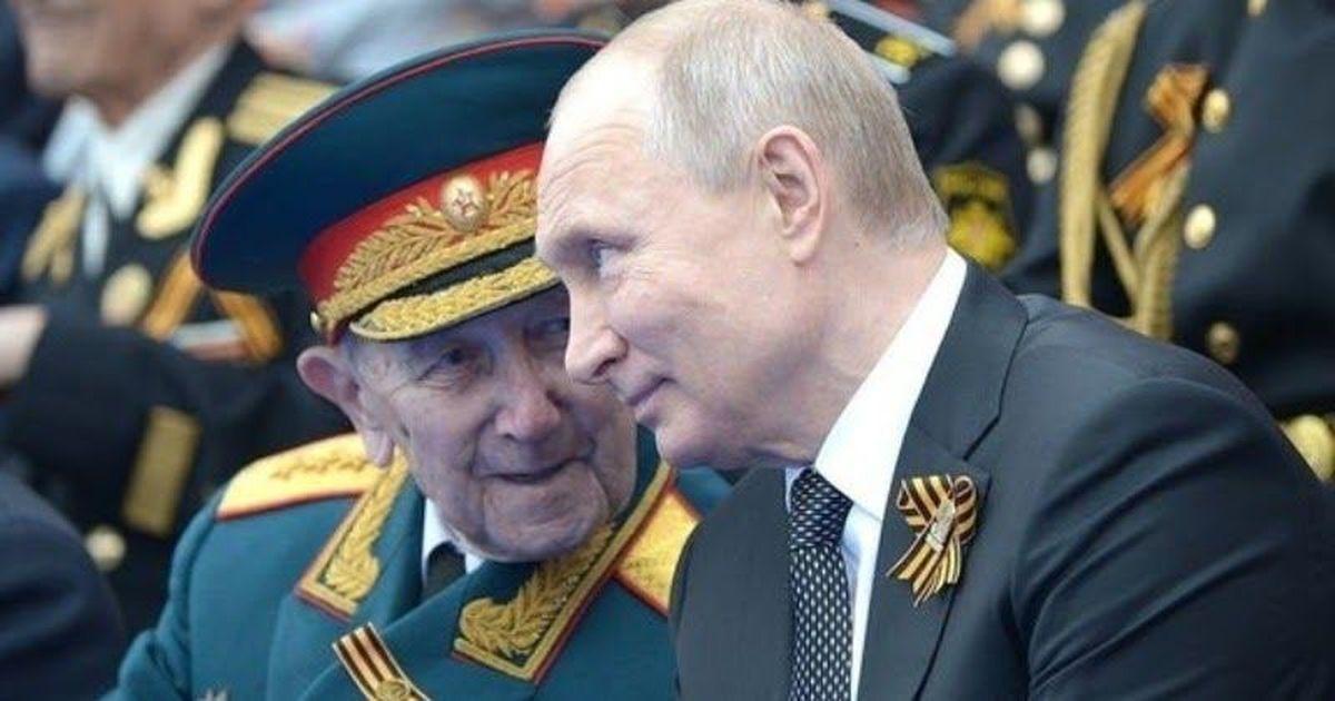 Фото Песков объяснил, куда посадили в карантин ветеранов для встречи с Путиным
