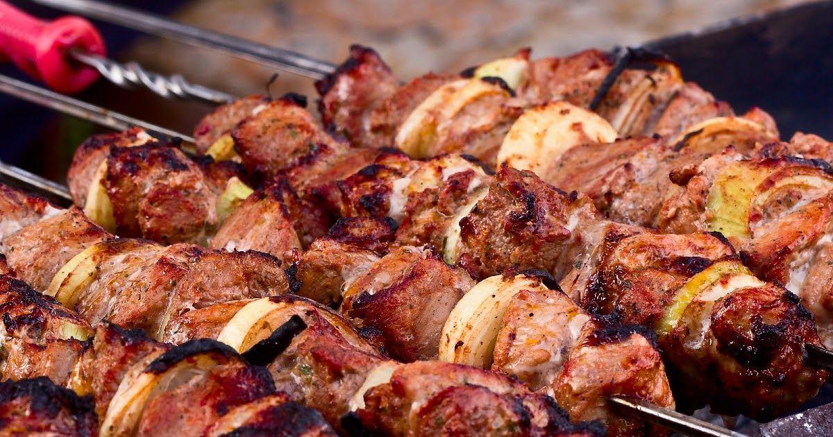 Фото Как приготовить шашлык? Мясо, угли, шампуры для шашлыка. Как приготовить шашлык в духовке?