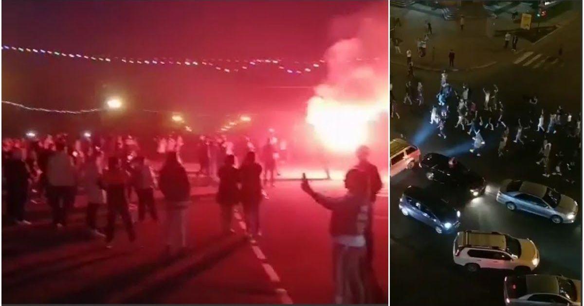 Фото Хабаровск гудит: возмущенные жители устроили ночной массовый протест