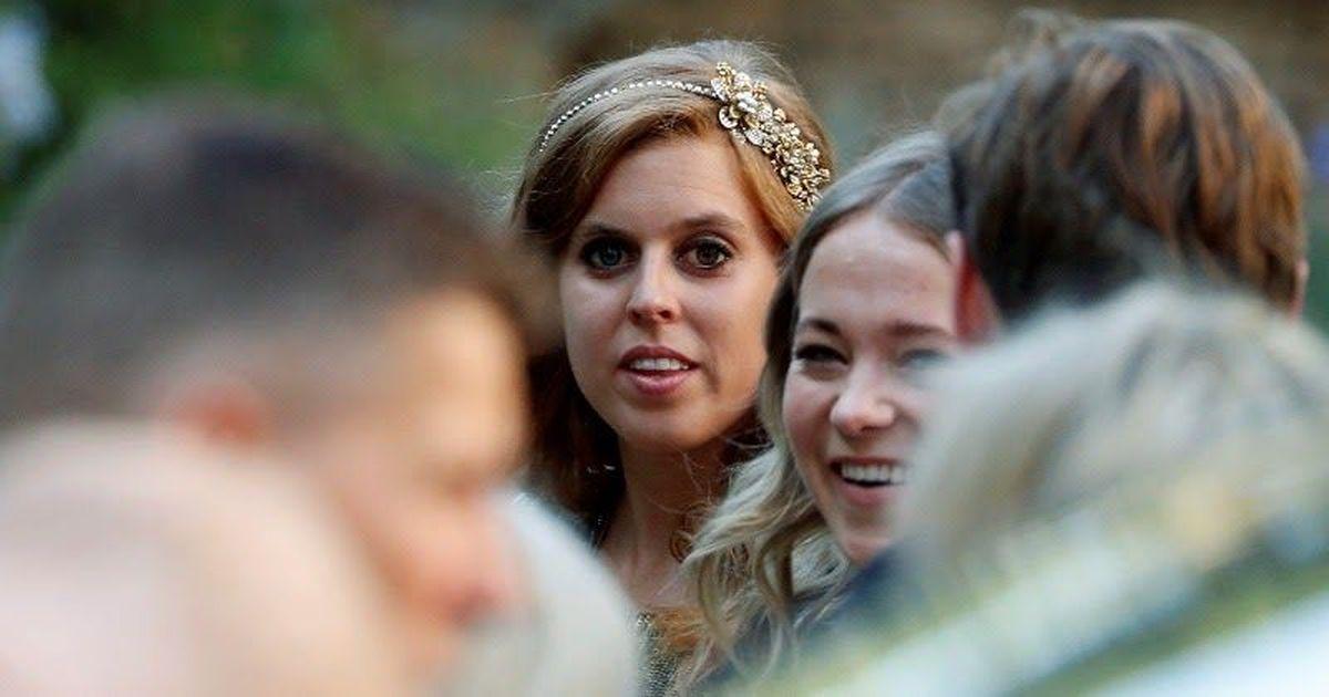 Фото Внучка английской королевы скромно вышла замуж за миллионера