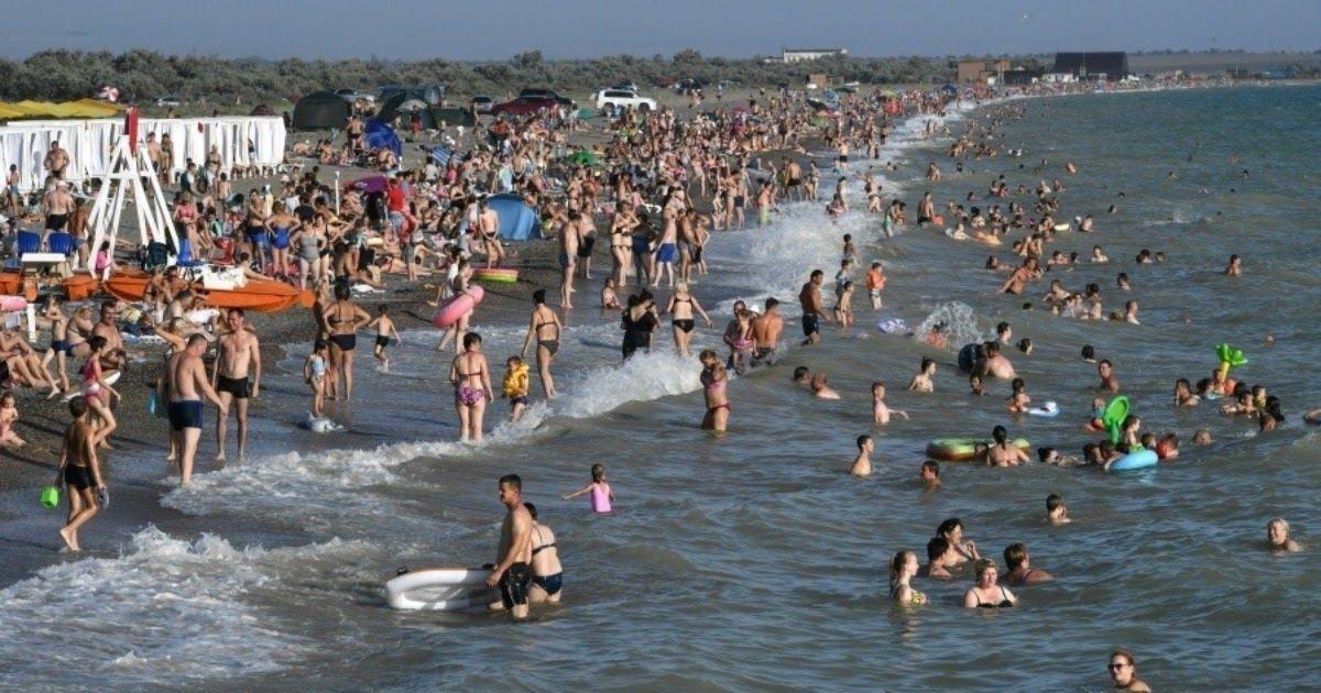 Фото Туристическая волна. Как сезон отпусков скажется на эпидемии