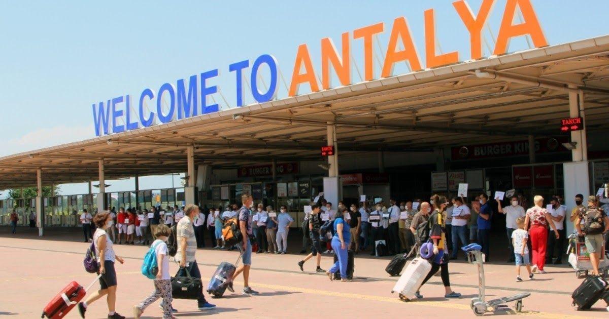 Фото Уже как в Сочи? Российские туристы рассказали об отдыхе в Турции