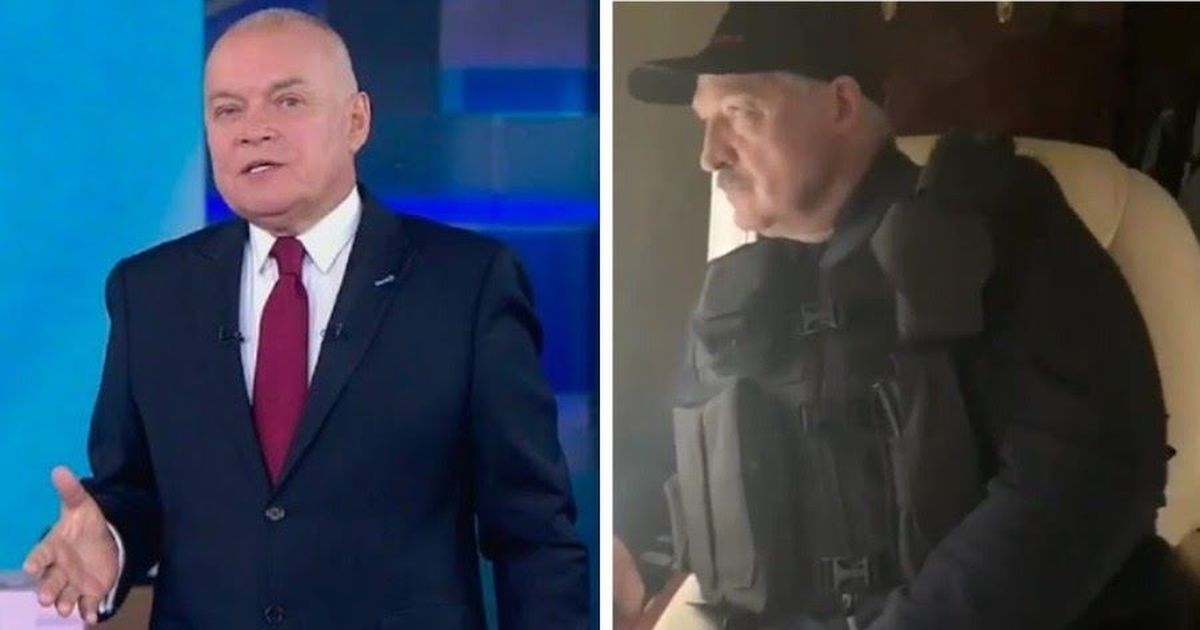 Фото «Это проигрыш». Киселев сравнил взявшего автомат Лукашенко с Путиным