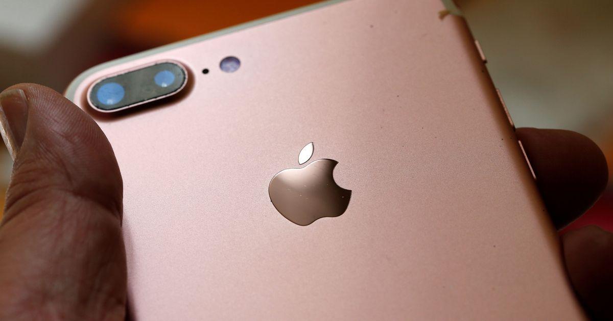 Фото Мировые продажи смартфонов рухнули из-за пандемии