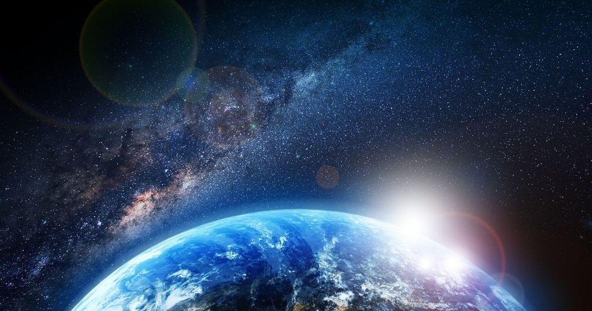 Фото Высоту орбит спутников Starlink предложили ограничить 600 километрами