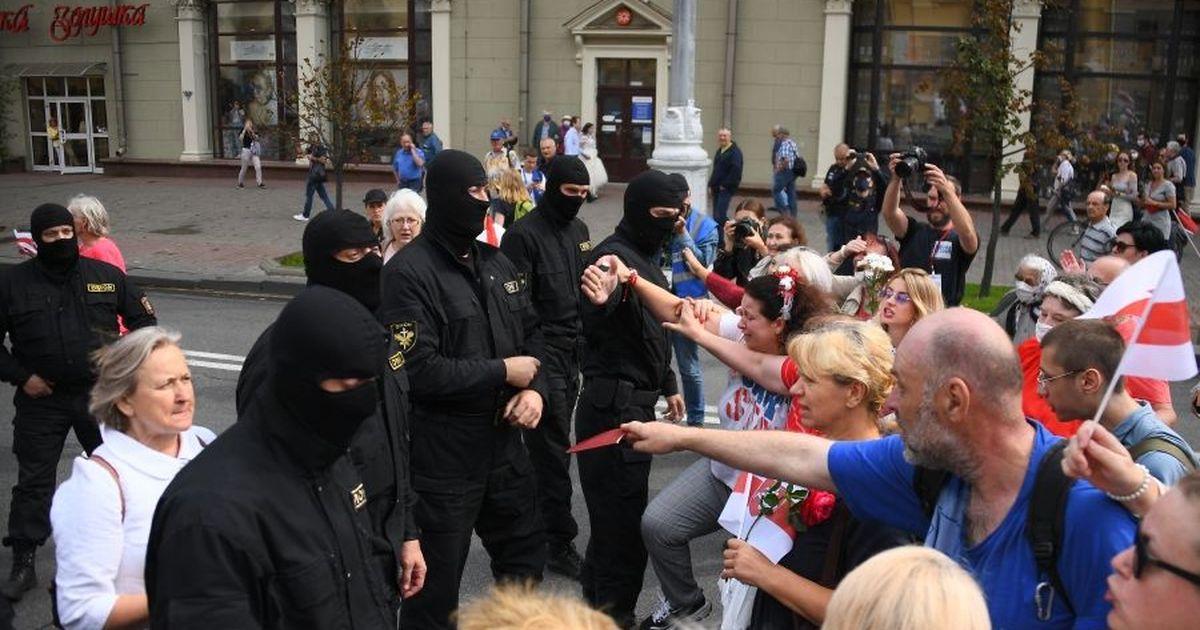 Фото На акции протеста в Минске задержали более 100 человек