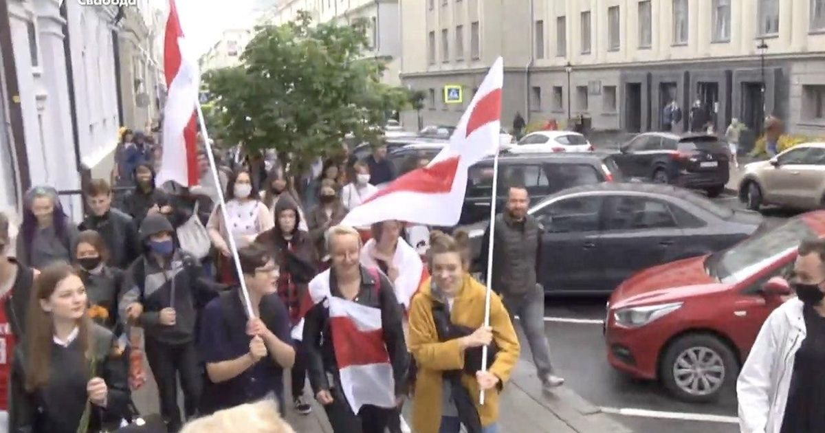 Фото ОМОН начал разгонять протестующих студентов в Минске