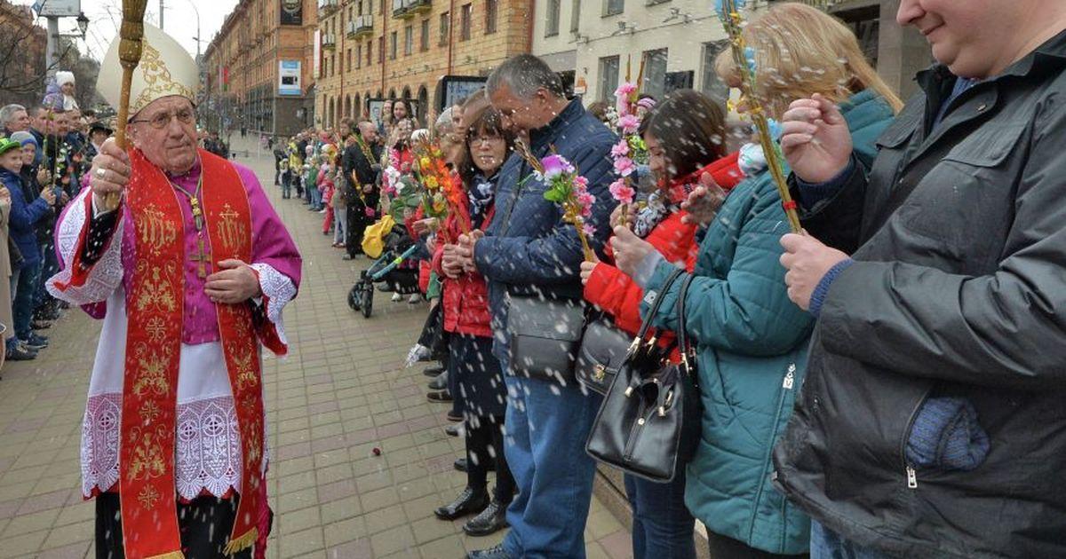 Фото Лукашенко: главу католиков Белоруссии не пустили в страну из-за влияния Польши