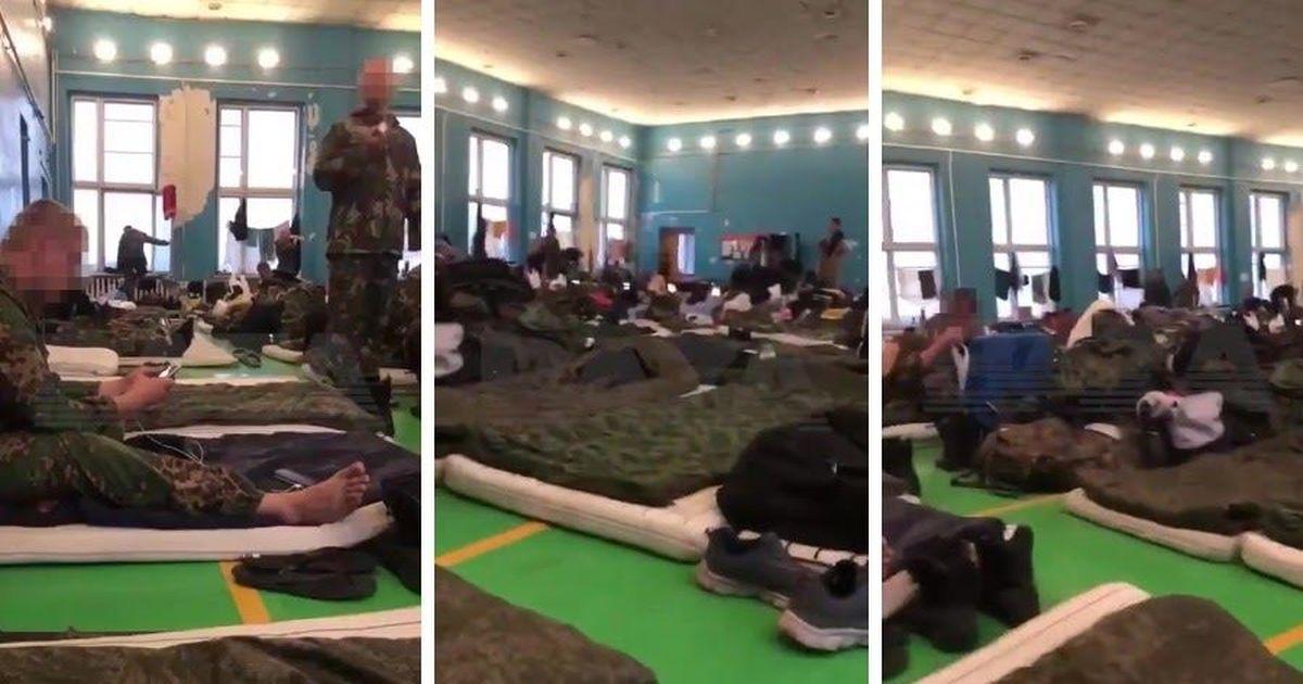 Фото Помощь для Лукашенко: российских омоновцев засняли под Псковом