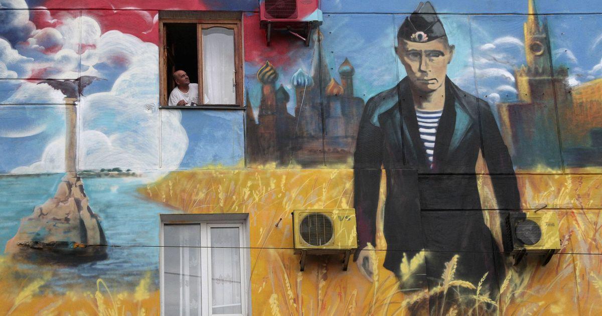 Фото Опрос: почти все россияне считают себя патриотами