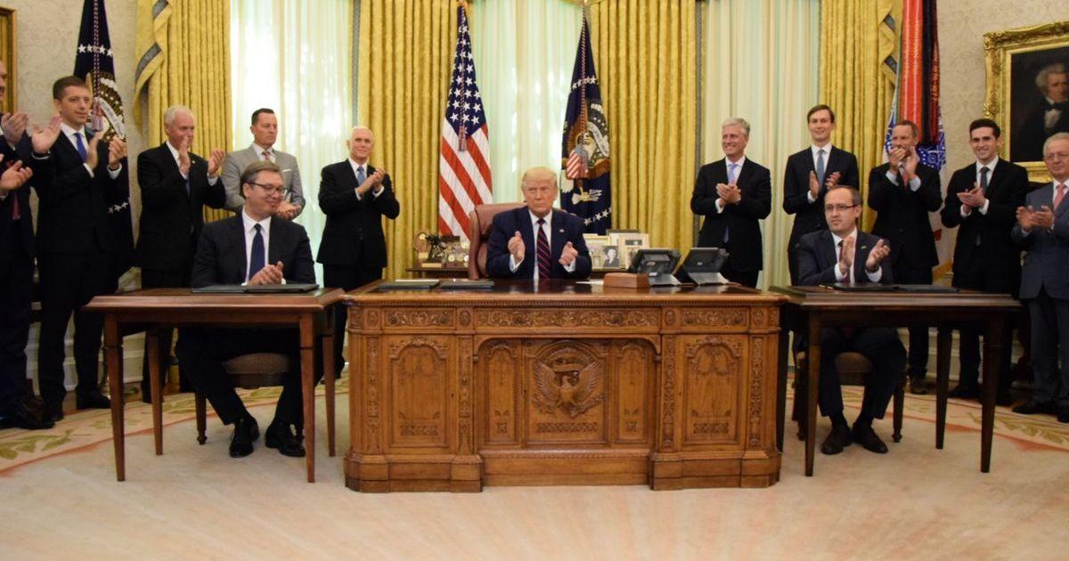 Фото Захарова извинилась за пост о президенте Сербии