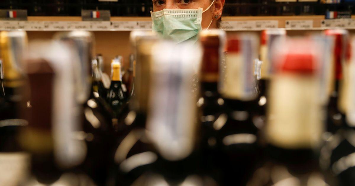 Фото Новый закон поставил под угрозу продажи импортного алкоголя