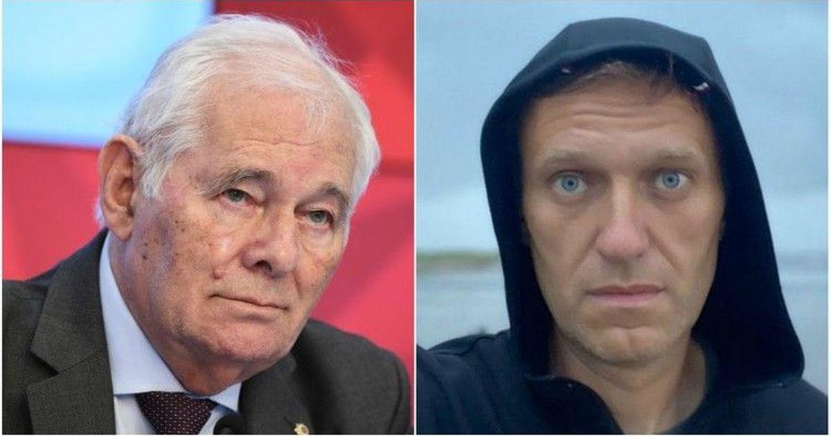 Фото Доктор Рошаль ответил жене Навального