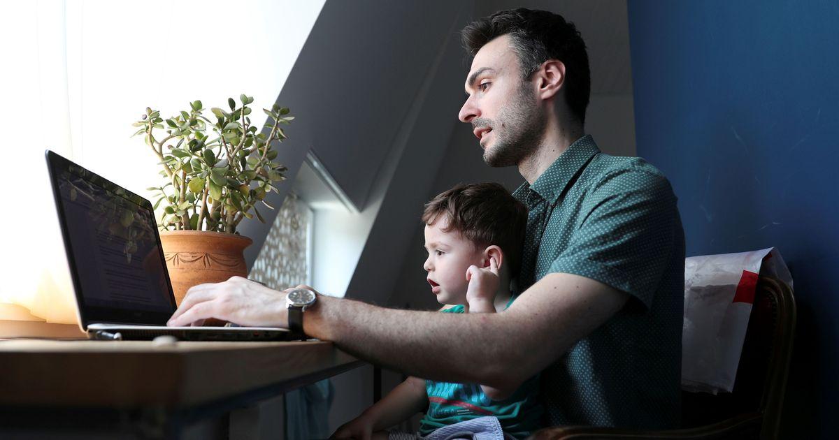 Фото Начинающих самозанятых хотят освободить от налога