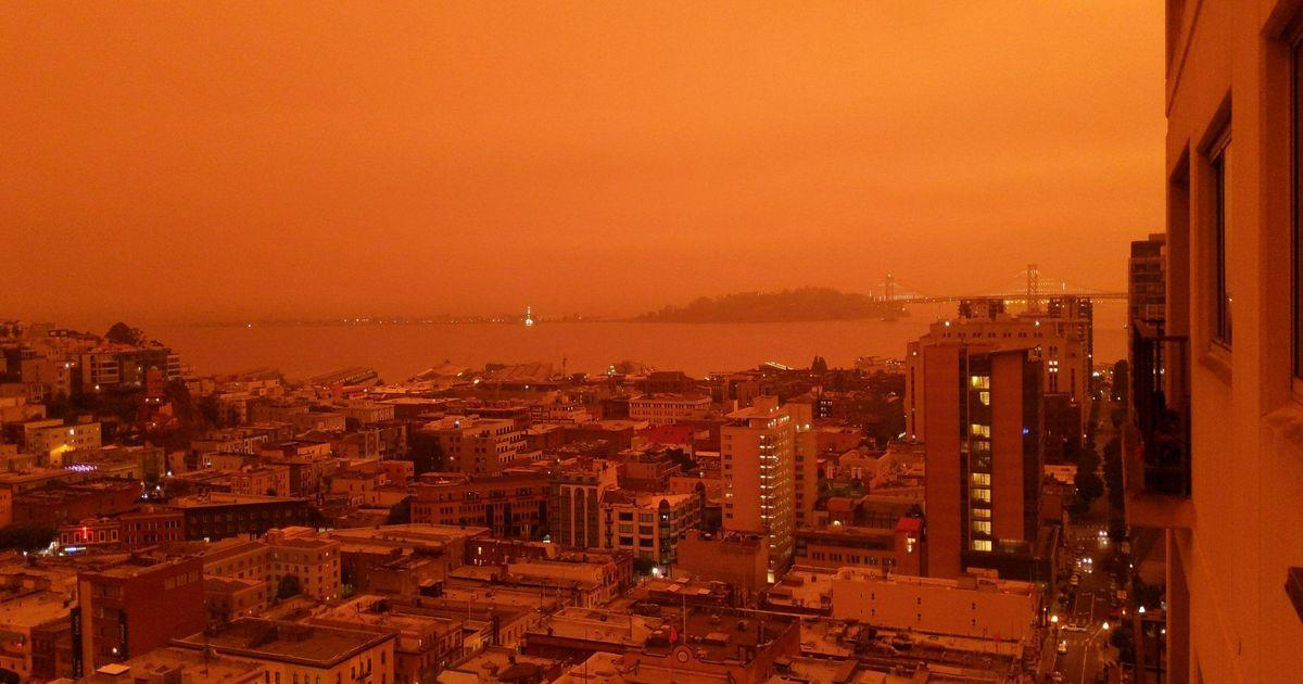 Фото Калифорния стала похожа на Марс из-за лесных пожаров