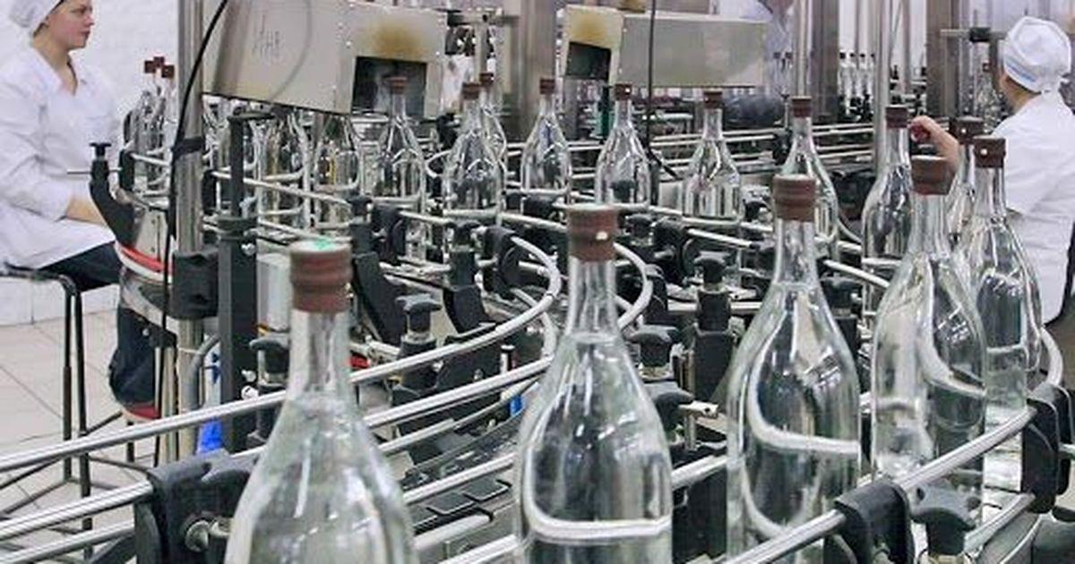 Фото Минздрав предложил повысить возраст продажи некрепкого алкоголя