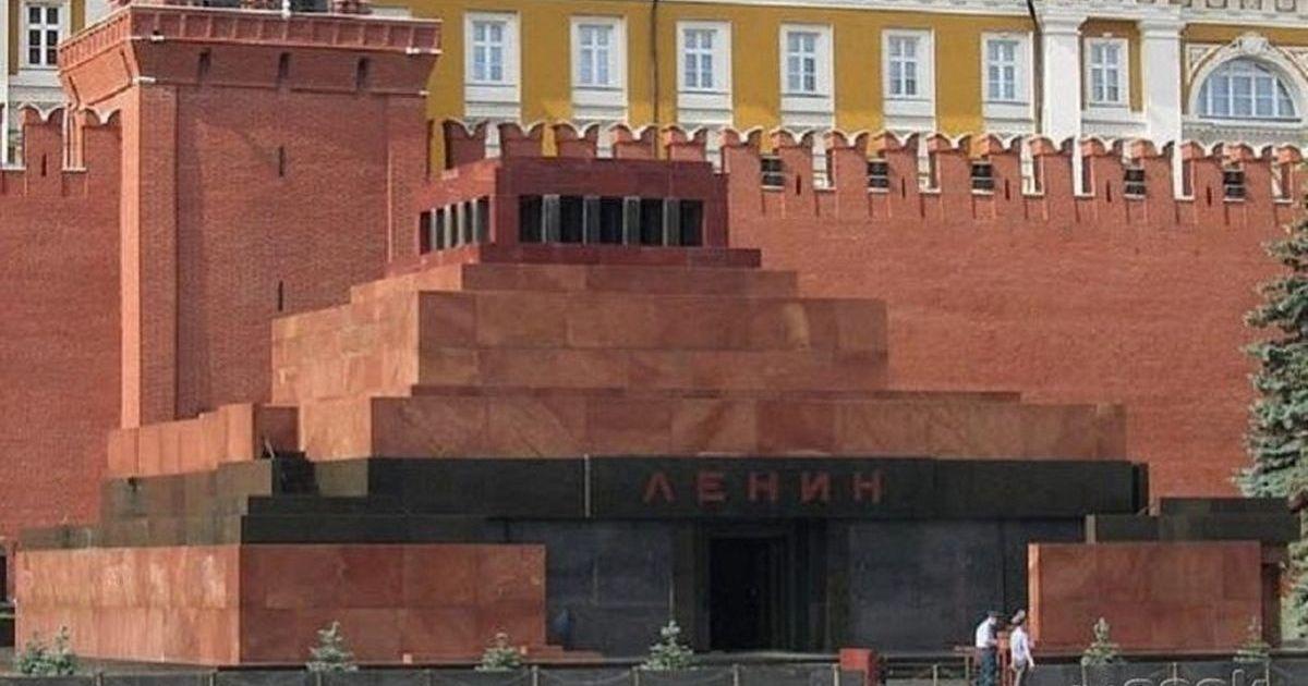 Фото Американский художник намерен воссоздать Мавзолей и выкупить Ленина