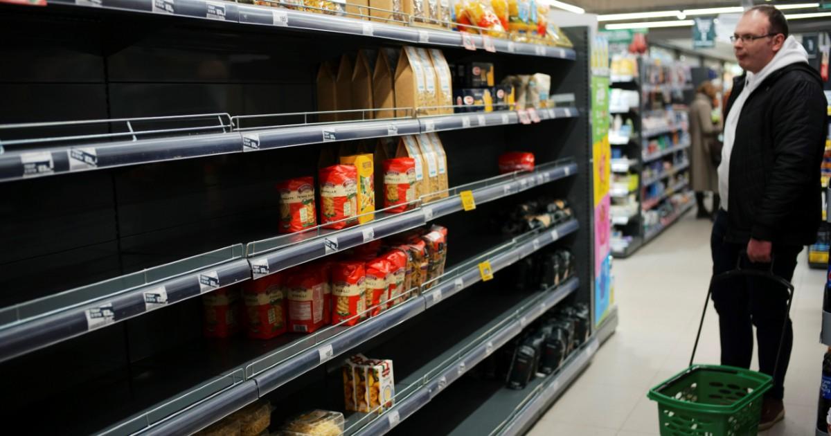 Фото Обеднеем по-честному: что значит отмена «продуктовой корзины» в России