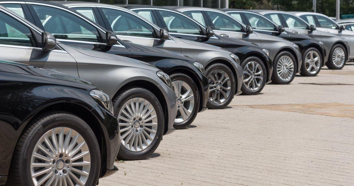 Фото ФТС закупит автомобили в 2 раза дороже разрешенного Медведевым максимума