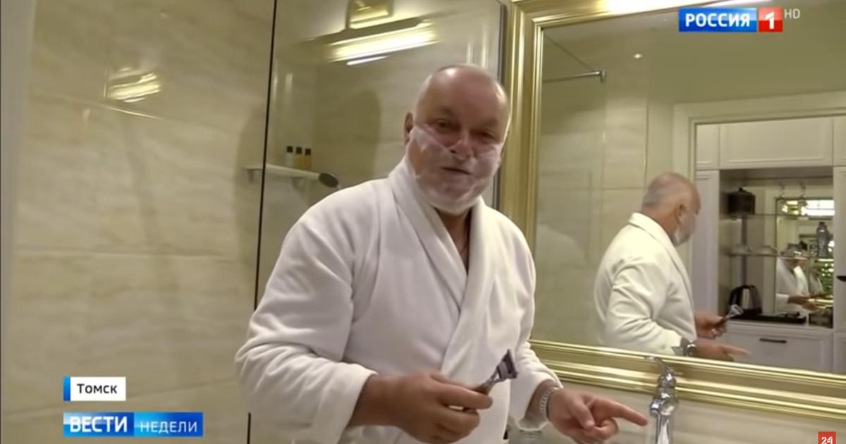 Фото Киселев «брезгливо» переночевал в номере Навального в томском отеле